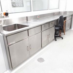 Prateleira para cozinha industrial